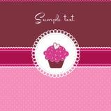 Cartão do queque com coração Fotos de Stock Royalty Free