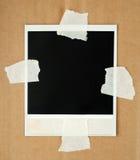 Cartão em branco da foto com fita de máscara imagem de stock royalty free