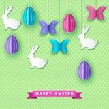 Cartão feliz com ovos do papercut, borboleta de easter e Imagem de Stock