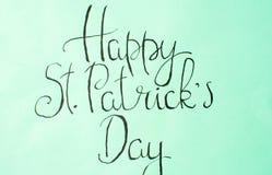 Cartão feliz da caligrafia do dia de St Patrick Fotos de Stock Royalty Free
