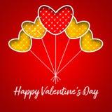 Cartão feliz da rotulação do dia do ` s do Valentim com vermelho e ballo do ouro Imagens de Stock Royalty Free