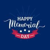 Cartão feliz de Memorial Day do vetor Ilustração americana nacional do feriado com raios, estrelas Cartaz festivo com rotulação d Foto de Stock Royalty Free