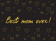 Cartão feliz do dia do ` s da mãe com corações handlettering e de mosaico Ouro no fundo preto Fotos de Stock Royalty Free