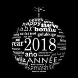 cartão multilingue da nuvem da palavra do texto do ano 2018 novo na forma de uma bola do White Christmas no preto ilustração do vetor