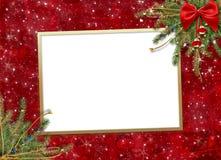 Cartão para o feriado, com uma fita vermelha Fotos de Stock