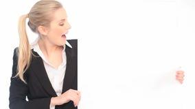 Cartão surpreendido de Looking At Blank da mulher de negócios filme