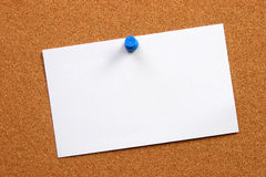 Cartão vazio em uma placa Fotos de Stock