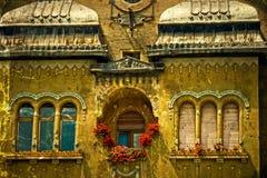 Cartão velho de uma construção histórica Timisoara, Romênia 15 imagem de stock