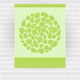Cartão verde do vetor feito do círculo com folhas verdes Imagens de Stock Royalty Free
