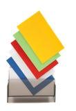 Cartões conhecidos em branco coloridos em uma caixa Imagens de Stock Royalty Free