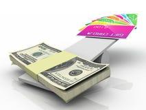 Cartões de crédito contra notas de banco Fotos de Stock Royalty Free