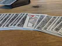 Cartões de jogo, rainha dos corações fotos de stock
