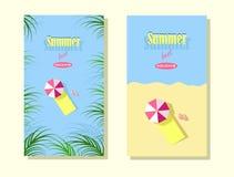 Cartões de verão bonitos com as folhas da praia e do trópico e férias de verão da inscrição melhores ilustração royalty free