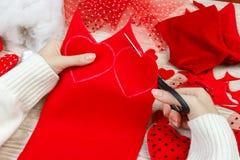 Cartões do Valentim Coração feito a mão do dia do ` s do Valentim das matérias têxteis Foto de Stock