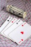 Cartões e aposta de jogo Fotografia de Stock Royalty Free