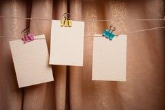 Cartões no clothespin Imagem de Stock