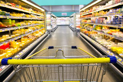 Free Cart At The Grocery Store Royalty Free Stock Photo - 70530245