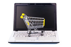 Cart och skriva card grund shopping för dof-fokushanden online mycket Arkivbilder