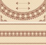 Carta beige con l'ornamento di marrone scuro Royalty Illustrazione gratis
