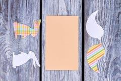 Carta in bianco e siluette animali di carta Fotografia Stock