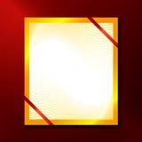 Carta con la struttura dell'oro ed i nastri rossi Fotografie Stock Libere da Diritti