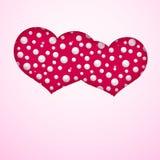 Carta con un paio dei cuori fatti dalle perle su un simbolo rosa del fondo del modello di matrimonio e di amore per l'insegna del illustrazione di stock
