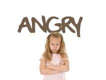 Carta d'apprendimento inglese di vocabolario con il ribaltamento arrabbiato e dolce di parola bello del piccolo bambino della rag Fotografia Stock