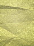 Carta da imballaggio verde con le onde disegnate a mano geometriche Fotografie Stock Libere da Diritti