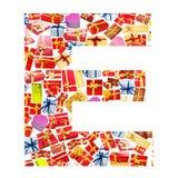 Carta de E hecha de giftboxes Imagen de archivo