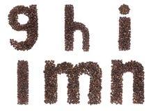 Carta del alfabeto hecha de los granos de café Imagen de archivo