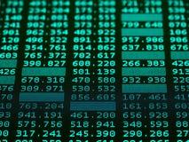 Carta del mercado de acción, datos del mercado de acción sobre la exhibición imágenes de archivo libres de regalías