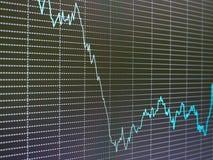 Carta del mercado de acción, gráfico en fondo negro Imagenes de archivo