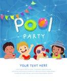 Carta del modello dell'invito della festa in piscina con i bambini che godono nella piscina illustrazione di stock
