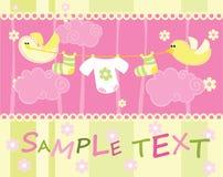 Carta di annuncio di arrivo del bambino con gli uccelli immagini stock libere da diritti
