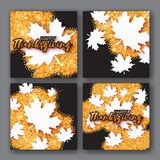Carta di 4 Autumn Greetings con il titolo felice di giorno di ringraziamento Immagine Stock