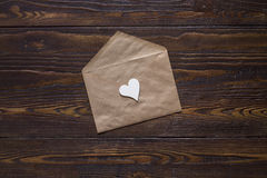 Carta di giorno di biglietti di S. Valentino con poco cuore Immagine Stock