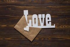Carta di giorno di biglietti di S. Valentino con poco cuore Fotografie Stock