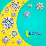 Carta di Ramadan Kareem con la luna Cartolina d'auguri islamica Progettazione araba di feste Elementi rotondi, fiori Modello flor royalty illustrazione gratis