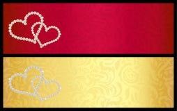 Carta di regalo rossa del biglietto di S. Valentino con i cuori intrecciati Fotografia Stock
