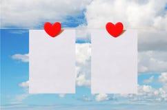 Carta di San Valentino con il fondo del cielo Fotografia Stock Libera da Diritti