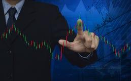 Carta do mercado de valores de ação com o mapa do ponto no fundo da cidade, elementos de Imagem de Stock Royalty Free