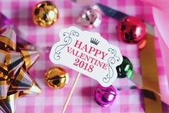 Carta e decorazione di giorno del ` s del biglietto di S. Valentino Fotografie Stock Libere da Diritti