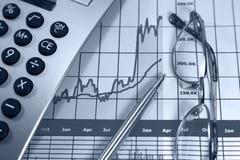 Carta gráfica com linha de aumentação Imagens de Stock