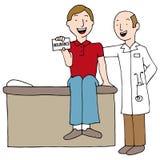 Carta paziente di assicurazione della tenuta Fotografia Stock