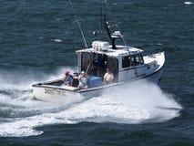 Carta profunda de la pesca en mar fotos de archivo