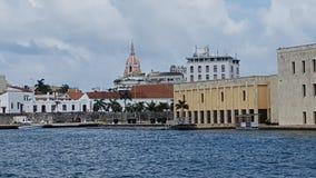 Cartagena de Índia, história colonial no meio da modernidade imagens de stock royalty free
