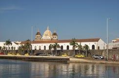 Cartagena port och Catedral royaltyfri bild