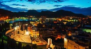 Cartagena, Spanje Luchtmening van havenstad bij nacht Stock Foto