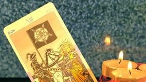 Cartas de tarot místicas del adivino mágico de la brujería almacen de video
