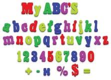Cartas del deletreo del alfabeto del imán del refrigerador del vector Imagenes de archivo